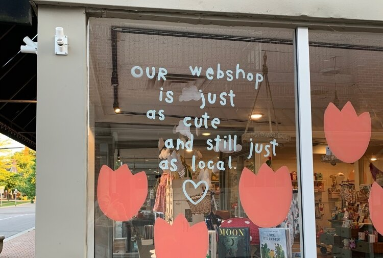 "Let your customers know about your ""webshop."""