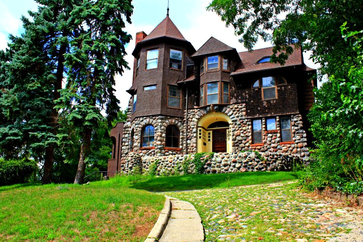 Sanford House On John Street Brings Old Charm To Modern Recovery