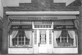 1349 Lake Drive SE, Sondag's Pastries in 1944