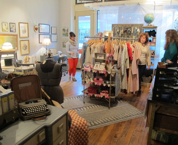 Holland upcycle boutique Found brings vintage clothes home ...