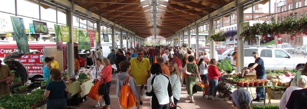 Thousands visit the new downtown market.