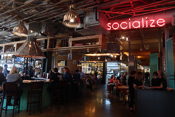Social Kitchen Bar Debuts At Downtown
