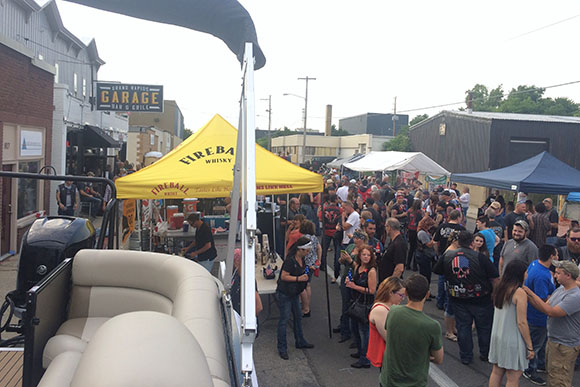 Grand Rapids Garage Bar Amp Grill Is Taking It To The Streets