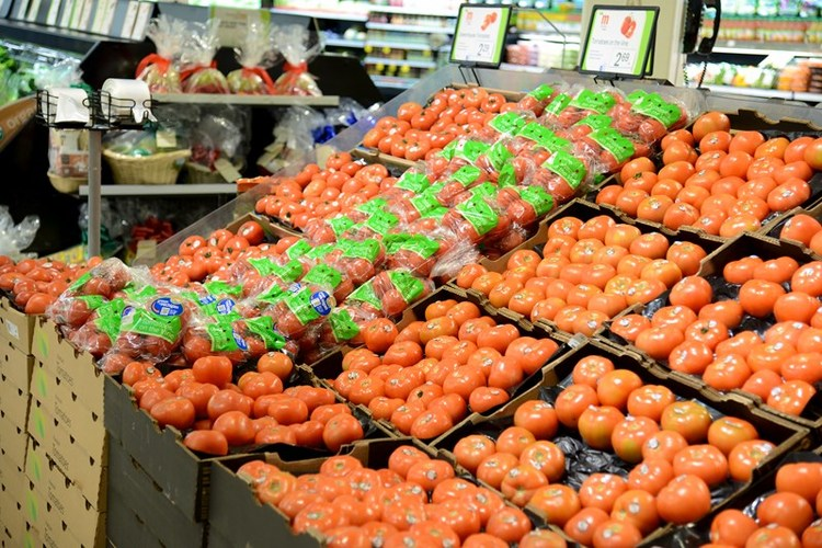 Meijer features tomatoes grown on the vine from Mastornardi Produce Greenhouse.