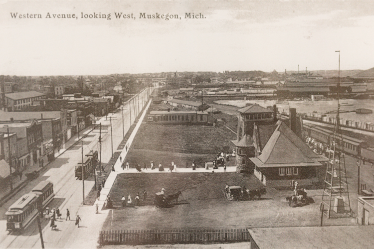 A photo of Western Avenue circa 1900 hangs in the Muskegon Heritage Museum.